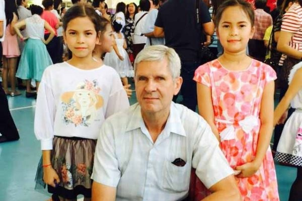 Norbert with his daughters